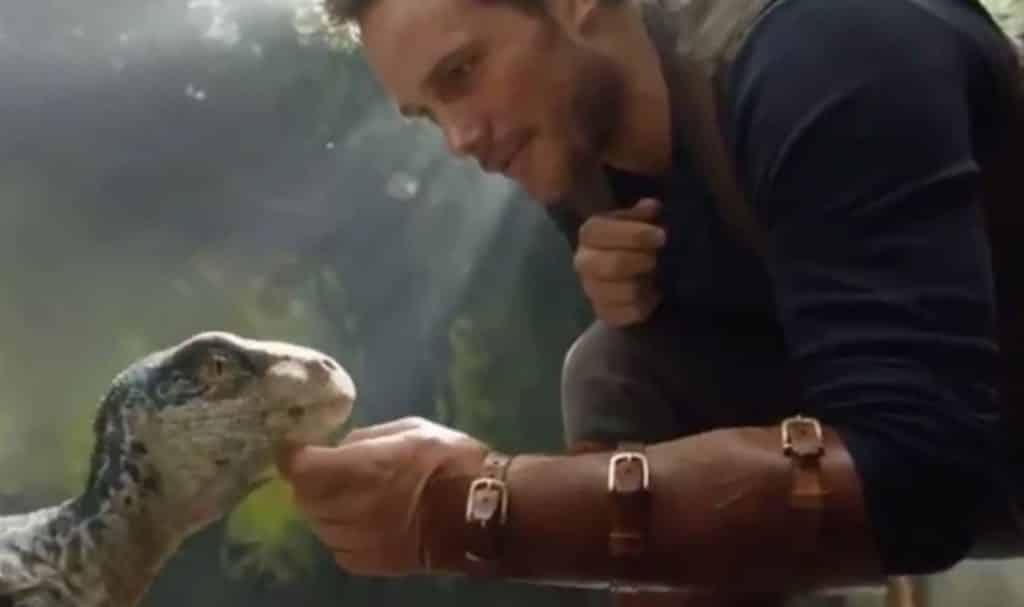 Fallen Kingdom footage shows Chris Pratt with a baby raptor