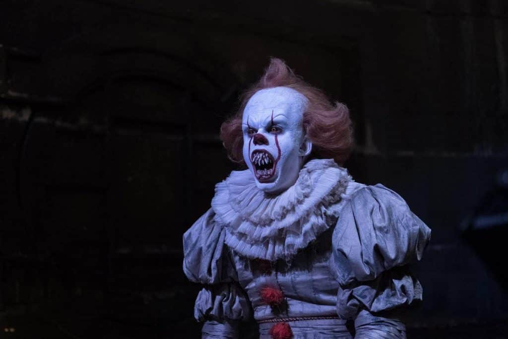 Wallpaper It Clown Bill Skarsgard Horror 2017 Hd: Amazing New Behind The Scenes Photos From IT Movie