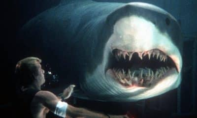 Deep Blue Sea Movie 1999