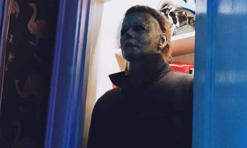 halloween movie trailer tease warns of michael myers return