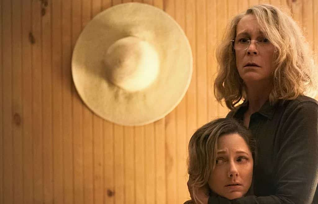 New Halloween Movie Image Features Laurie Strode And Her