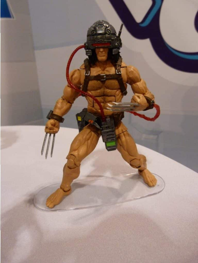 Hasbro Marvel Legends Weapon X Wolverine