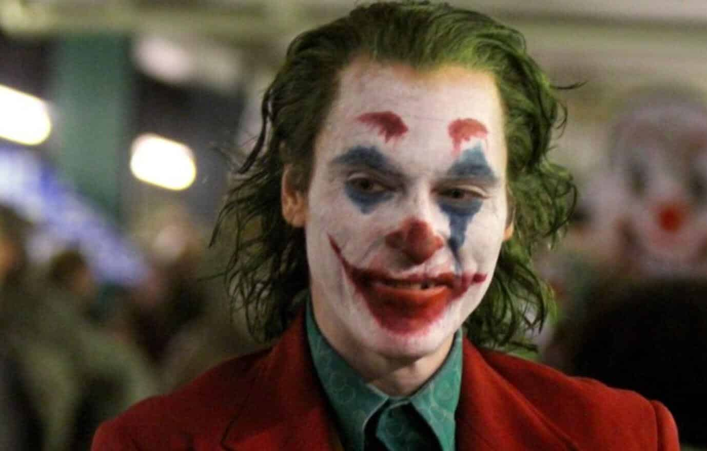 joaquin phoenix u0026 39 s  u0026 39 joker u0026 39  movie said to be a tragic story that comments on today u0026 39 s political climate