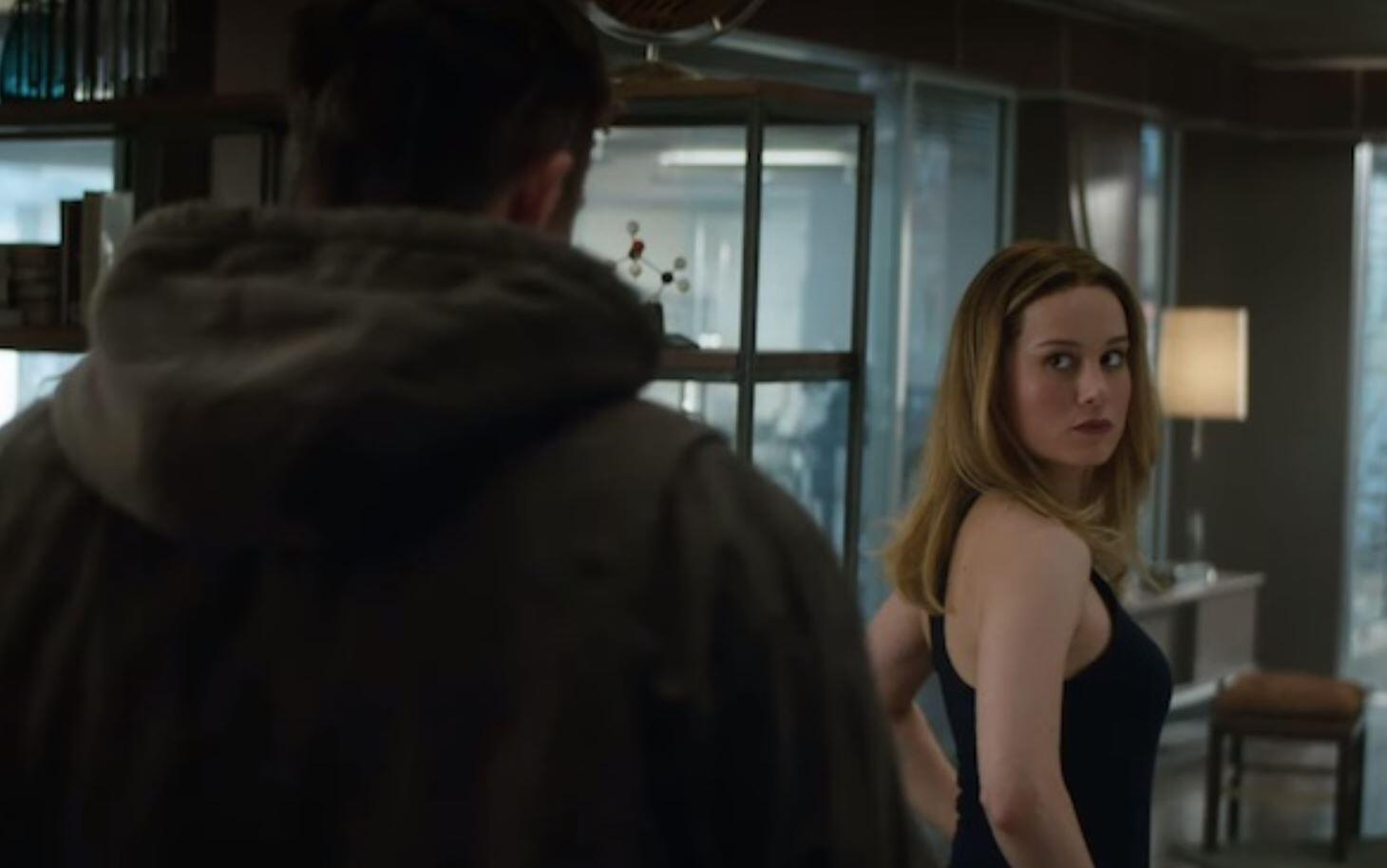 captain marvel meets thor in new 'avengers: endgame' footage
