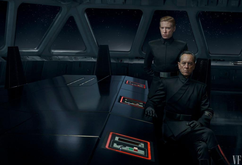 General Hux and Allegiant General Pryde