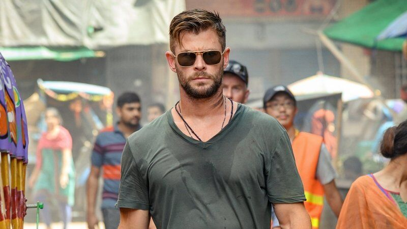extraction movie chris hemsworth