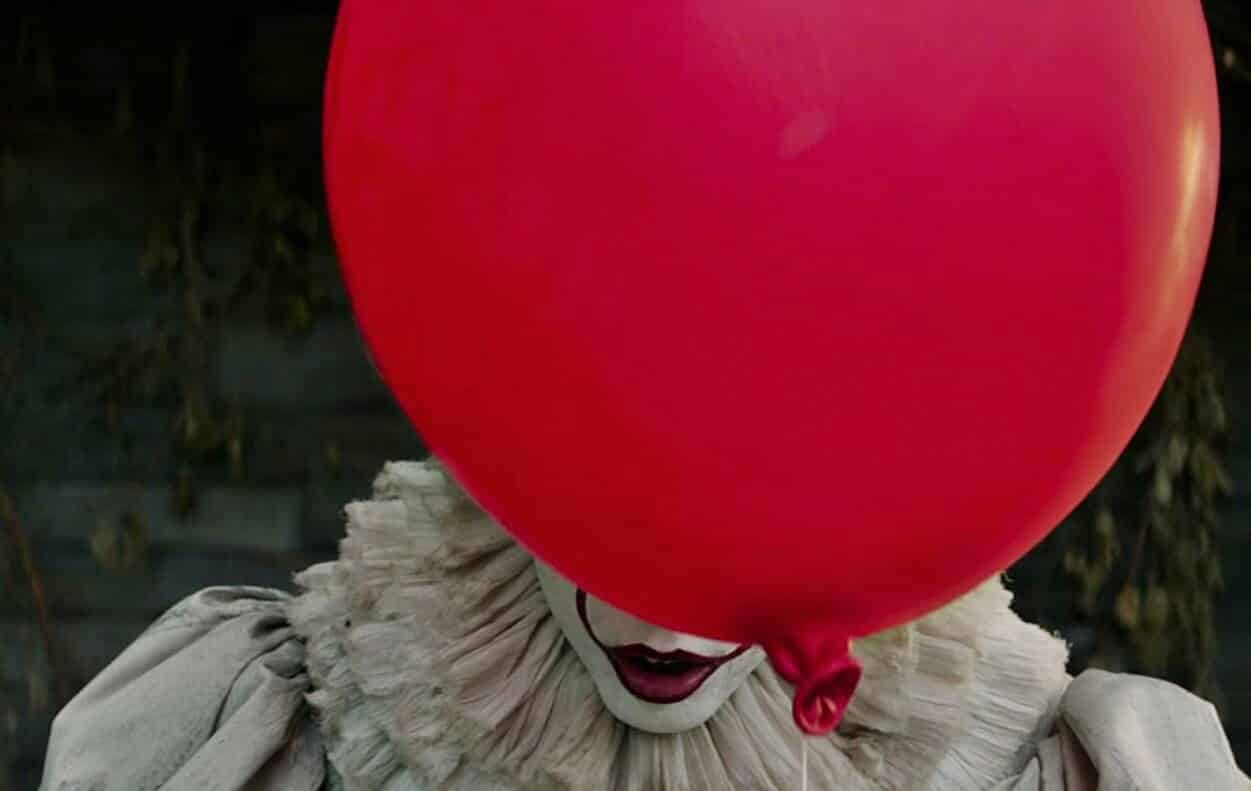 it pennywise red balloons